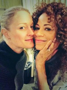 Teri Polo and Sherri Saum are such a cute pair on the set of The Fosters.