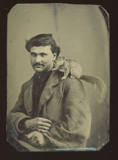 #ArtDept: Daguerreotype, Tinstypes & Ambrotypes of Handsome Men 1800s Photography, Victorian Photography, Antique Photos, Vintage Photographs, Vintage Photos, Old Pictures, Old Photos, Louis Daguerre, Creepy Vintage