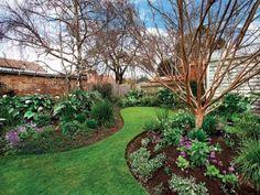 grass pathway through round garden beds & 27 best Round Gardens images on Pinterest | Herb garden Herbs ...