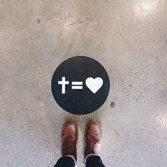 cross equal love. : Photo