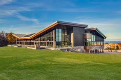 New contemporary event venue with breathtaking views of Georgian Bay - Alpine Ski Club, The Blue Mountains, Ontario - Collingwood - Weddings - Events