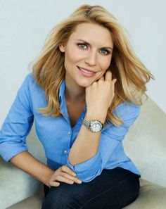 If you're struggling to find the perfect Christmas present, Claire Danes might have the solution as the actress is revealed as the new face of Casio SHEEN watches Claire Danes, Girl Celebrities, Celebs, Angela Chase, Amanda De Cadenet, Portraits, Hugh Dancy, Kate Hudson, Romeo And Juliet