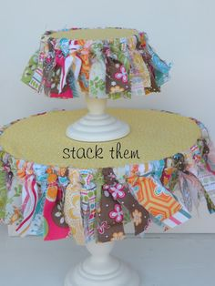 {GUEST POST} fabric tassel cupcake stand - Creative Juice
