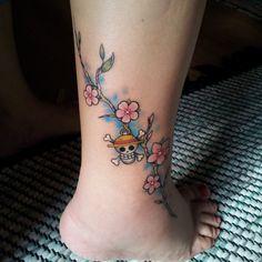 my_one_piece___cherry_blossom_sakura_tattoo_by_hituti-d6r5y9s.jpg (894×894)