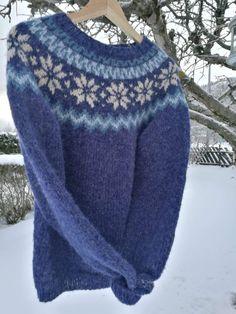 Fair Isle Knitting Patterns, Sweater Knitting Patterns, Icelandic Sweaters, Sweater Weather, Lana, Knit Crochet, Fashion Shoes, Fair Isles, Wool