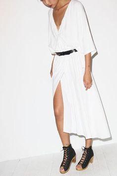 minimalist fashion inspiration