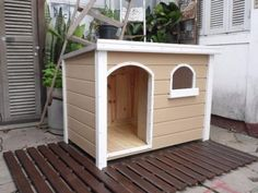 8 casas fofas de madeira para cães - Elite Moda Pet Double Dog House, Cat Gym, Diy Garden Fence, Dog Rooms, Pet Furniture, Dog Houses, Home Decor Bedroom, Pallet Projects, Dog Bed