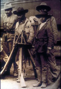Mexico, Revolution. Soldiers. Photo by Agustín Victor Casasola (1874-1938). Cf. http://content-s10.cdlib.org/ark:/13030/hb400008gc/?layout=metadata&brand=calisphere