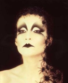 Great make up by Stefano Anselmo, excellent Italian MUA who actually wrote one of the best books on make-up theory I ever read
