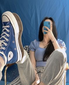 Discovered by ㅤㅤㅤㅤ. Find images and videos about girl, style and blue on We Heart It - the app to get lost in what you love. Aesthetic Shoes, Aesthetic Clothes, Couple Aesthetic, Blue Aesthetic, Look Fashion, Korean Fashion, Mode Converse, Mode Outfits, Fashion Outfits