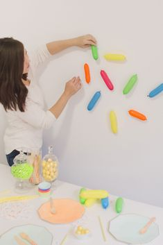 These DIY Sprinkle Balloons are Certain to Sweeten Your Party - Project Nursery - Project Nursery - These DIY Sprinkle Balloons are Certain to Sweeten Your Party - Project Nursery DIY Sprinkle Balloons Tutorial - 2nd Birthday Party Themes, Donut Birthday Parties, Donut Party, Baby Birthday, Baseball Birthday, Baseball Party, Birthday Ideas, Baby Girl Sprinkle, Sprinkle Party