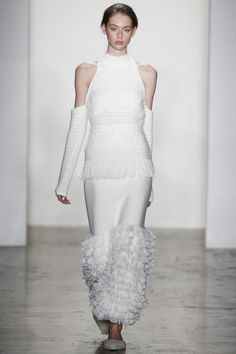 Lauren de Graaf for Jonathan Simkhai Fall 2016 Ready-to-Wear Collection Photos - Vogue