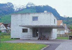 Haus Gantenbein, Peter Märkli. Grabs, Switzerland, 1995. Concrete Architecture, Indoor Outdoor, Outdoor Decor, Entrance, Living Spaces, House Plans, Shed, Exterior, Outdoor Structures