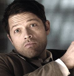 Misha Collins is such an amazing actor.the moment I saw this I knew it was lucifer and not cas, which says a lot about misha Misha Collins, Jensen Ackles, Sam E Dean Winchester, Castiel Angel, Supernatural Tv Show, Wattpad, Jared Padalecki, Destiel, Superwholock