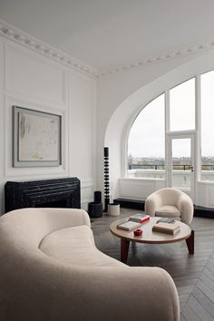 Appartement Paris, architecte Joseph Dirand © Adrien Dirand (AD n°100 mai 2011) Living room  / interior design & decor / French Mid-century Modern