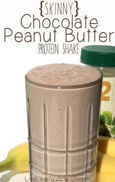 Skinny Chocolate Peanut Butter Protein Shake (only 275 calories) This is my favorite meal replacement/protein shake. It's delish, only has 275 healthy calories, and is very filling! Perfect for a healthy dessert! Protein Smoothies, Protein Shake Recipes, High Protein Snacks, Juice Smoothie, Smoothie Drinks, Pb2 Recipes, Peanut Butter Protein Shakes, Protein Foods, Fruit Smoothies