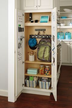 Get your kitchen back-to-school ready! Smart storage – like this Utility Drop Zone Cabinet from Diamond – will keep your family organized and your kitchen clutter-free all year long! Home Organization, Storage Spaces, Smart Storage, Diy Kitchen Storage, Kitchen Interior Design Modern, Storage Cabinets, Kitchen Remodel, Home Decor, Interior Design Kitchen Small