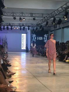 Salvador artesano zapaterías colaborador de la diseñadora de moda Hanna Baranava en Alicante Fashion Week