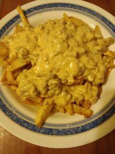 Πατάτες τηγανητές με σάλτσα burger Macaroni And Cheese, Ethnic Recipes, Food, Mac And Cheese, Essen, Meals, Yemek, Eten