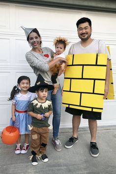 family halloween costumes - the wizard of oz