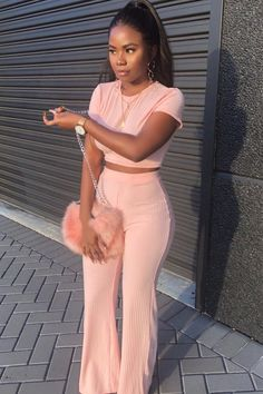 trendy outfits, summer outfits, perfect look. Dope Outfits, Classy Outfits, Trendy Outfits, Summer Outfits, Girl Outfits, Fashion Outfits, Fashion Trends, Womens Fashion, Fashion Ideas