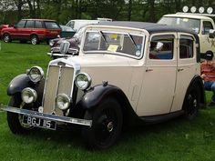 Retro Cars, Vintage Cars, Antique Cars, Art Deco Car, Classic Cars British, Veteran Car, Cool Old Cars, Cars Uk, Vintage Classics