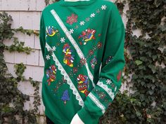 Your place to buy and sell all things handmade Holiday Sweaters, Ugly Christmas Sweater, Green Lace, 1990s, Usa, Trending Outfits, Sweatshirts, Handmade Gifts, Party