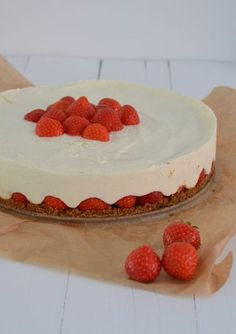 Strawberry Mascarpone Pie – From Pauline ' Sweets Cake, Cupcake Cakes, Sweet Recipes, Cake Recipes, Pause Café, Piece Of Cakes, No Bake Desserts, Cake Cookies, Love Food