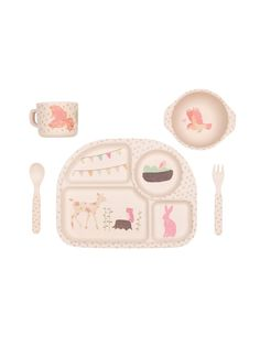 This gorgeous Love Mae childrens dinner set is made up of 5 pieces of quality bamboo, featuring the Woodland Tea Party design. Covered in little colourful flowers, with hanging bunting, this is the perfect dinner set to get you in the mood for a party!  The quality of these dinnerware sets is simply amazing. Not only are they beautiful items to treasure for years to come, but they are eco-friendly, and completely food safe.