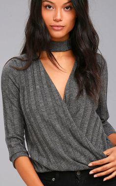 This wrap top is a wonderful pick! The Project Social T Harper Charcoal Grey Wrap Top is a gorgeous display of beauty and it will keep your warm and cozy all night long. The soft fabric along with the horizontal stretchy knit design makes this very nice for most occasions. The looping hem along with the …