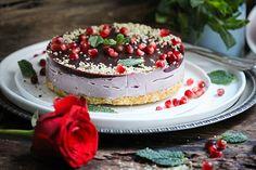 Happy Vegan Valentine – Himbeer-Granatapfel Cashew Cake