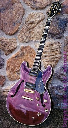 24 Awesome Yamaha Guitar Strings Acoustic Yamaha Guitar Straps Acoustic – Online Pin Page Beginner Electric Guitar, Cool Electric Guitars, Best Electric Guitar, Vintage Electric Guitars, Music Guitar, Cool Guitar, Guitar Art, Semi Acoustic Guitar, Mundo Musical