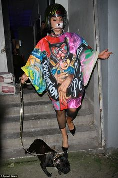 She's worn some outrageous creations in her time but Lady Gaga must have been feline in the mood for fun on Wednesday donning two bizarre outfits in one day Images Lady Gaga, Lady Gaga Pictures, Lady Gaga Artpop, Lady Gaga Outfits, Dress Outfits, Cool Outfits, Leidi Gaga, Monster Tattoo, Star Wars