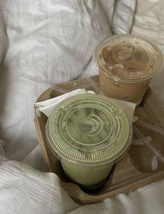 Brown Aesthetic, Aesthetic Food, Aesthetic Coffee, Matcha, Cute Food, Yummy Food, Cafe Rico, Think Food, Food Cravings