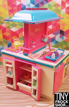 Barbie Vintage 1980 Dream Kitchen with Fridge. How cool is this? Wish my kitchen looked like this. Available at Tinyfrockshop.com