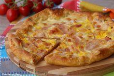 Puff pastry cake with ham and mozzarella - Torta di sfoglia con prosciutto e mozzarella