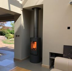 A great installation of a Contura 510:1 grey (with log door) and Poujoulat flue system. The customers builder had made a lovely job of the extension