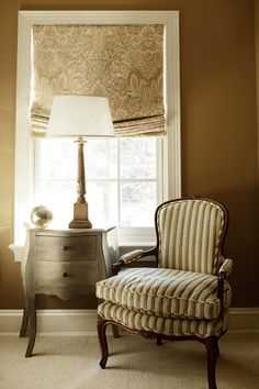 i need a shade like this for the back door like the color too doesnt stand out in your face Window Coverings, Window Treatments, Pallet Painting, Interior Decorating, Interior Design, House Windows, Vintage Chairs, House And Home Magazine, Entryway Decor