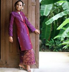 Photo by NorRahan MatRani Traditional Fashion, Traditional Dresses, Malay Wedding Dress, Model Kebaya, Kebaya Dress, Kebaya Muslim, Hijab Fashionista, Modest Wear, Formal Dresses For Weddings