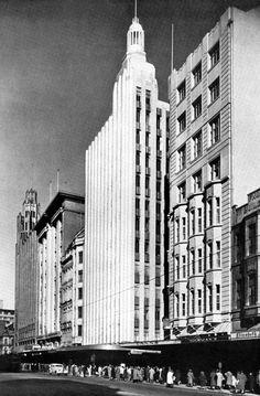 Swanston Street Melbourne, Australia in the 1940s.