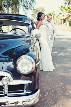 Real Wedding: Classic Elegance via http://taylormadesoirees.blogspot.com/