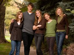 images of what to wear for family pictures wallpaper