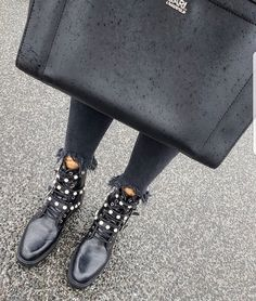 MAJOR STREET STYLE ( majorstreetstyle) • Instagram photos and videos d3041f5f2