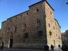 Conoces la #Casadelasconchas de #Salamanca? ¿Cuantas conchas hay en la fachada?