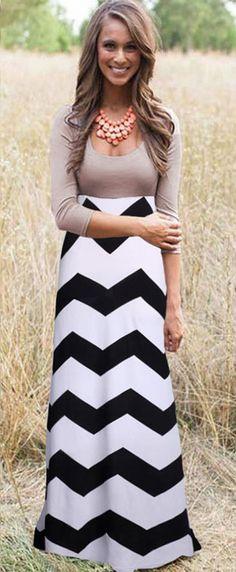 Black-White Wave Striped Pleated Scoop Neck 3/4 Sleeve Floor Length Dress - Maxi Dresses - Dresses