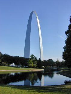 Gateway Arch, St. Louis, MO; 13 Jul 2002