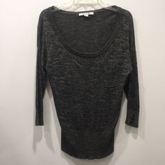 Forever 21 sparkly sweater Forever 21 sparkly sweater, long/oversized, super cute and comfy! Size L Forever 21 Sweaters Crew & Scoop Necks