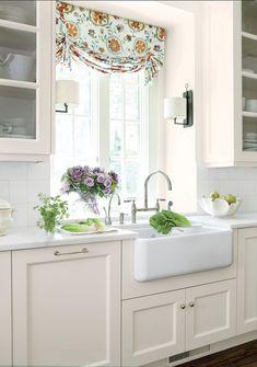 Adorável Cozinha Branca!por Depósito Santa Mariah