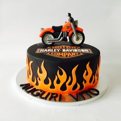 Motorcycle cake ideas kid harley davidson 47 Ideas for 2019 Motorcycle Birthday Cakes, Motorcycle Cake, Torta Harley Davidson, Spiderman Torte, Bolo Motocross, Fondant Cakes, Cupcake Cakes, Cake Design For Men, Bike Cakes