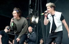 CLICK TO LISTEN TO THIS MORNING'S ONE DIRECTION BBC RADIO INTERVIEW! Click the link, scroll down, and press play.